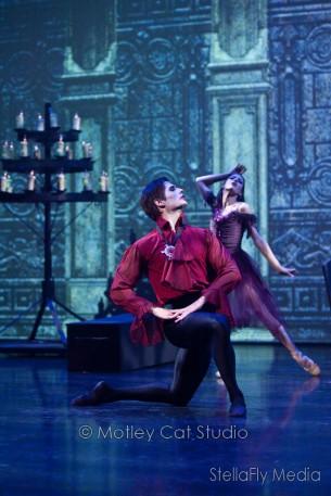 Grand Rapids Ballet Presents Dracula